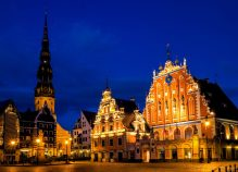 The House of Blackheads at night in Riga